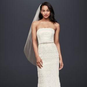 David's Bridal Galin Lace Sheath Wedding Dress
